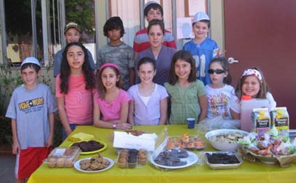 ילדי כיתה ג' ו-ד' מבית הספר עדת שלום בלוס אנג'לס