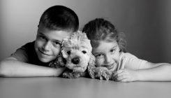 יעל וליאור ארביב עם כלבתם טופי