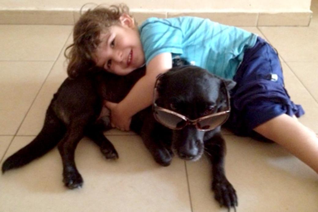 לביא גולן והכלבה בלה