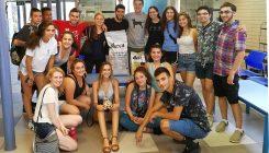 קבוצה מתוכנית מסע באגודת צער בעלי חיים בישראל
